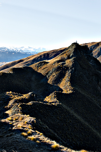 Still on Coromandel Peak with high contrast on the ridges behind us as the sun rose higher.